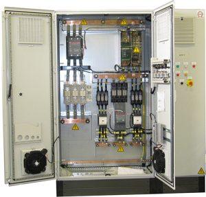 Unidades de alimentación y control de alta potencia.
